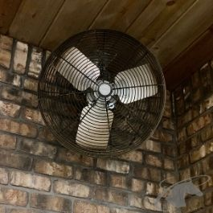 Deluxe Barn Fan