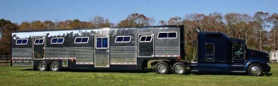 commerical horse hauler truck outside