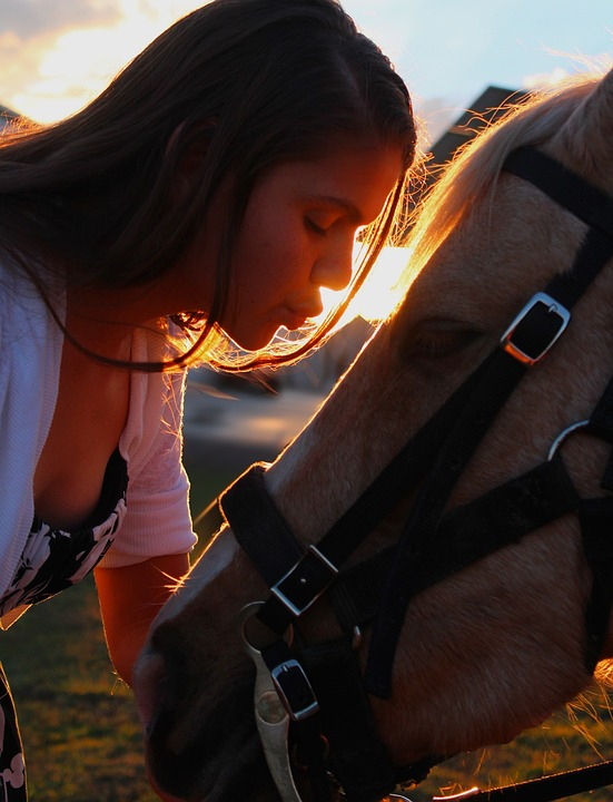 kissing-1734991_960_720